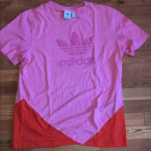 Adidas Short Sleeve T-Shirt. Pink and Red. Size M